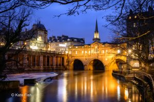 Pulteney bridge at blue hour at photography course in Bath